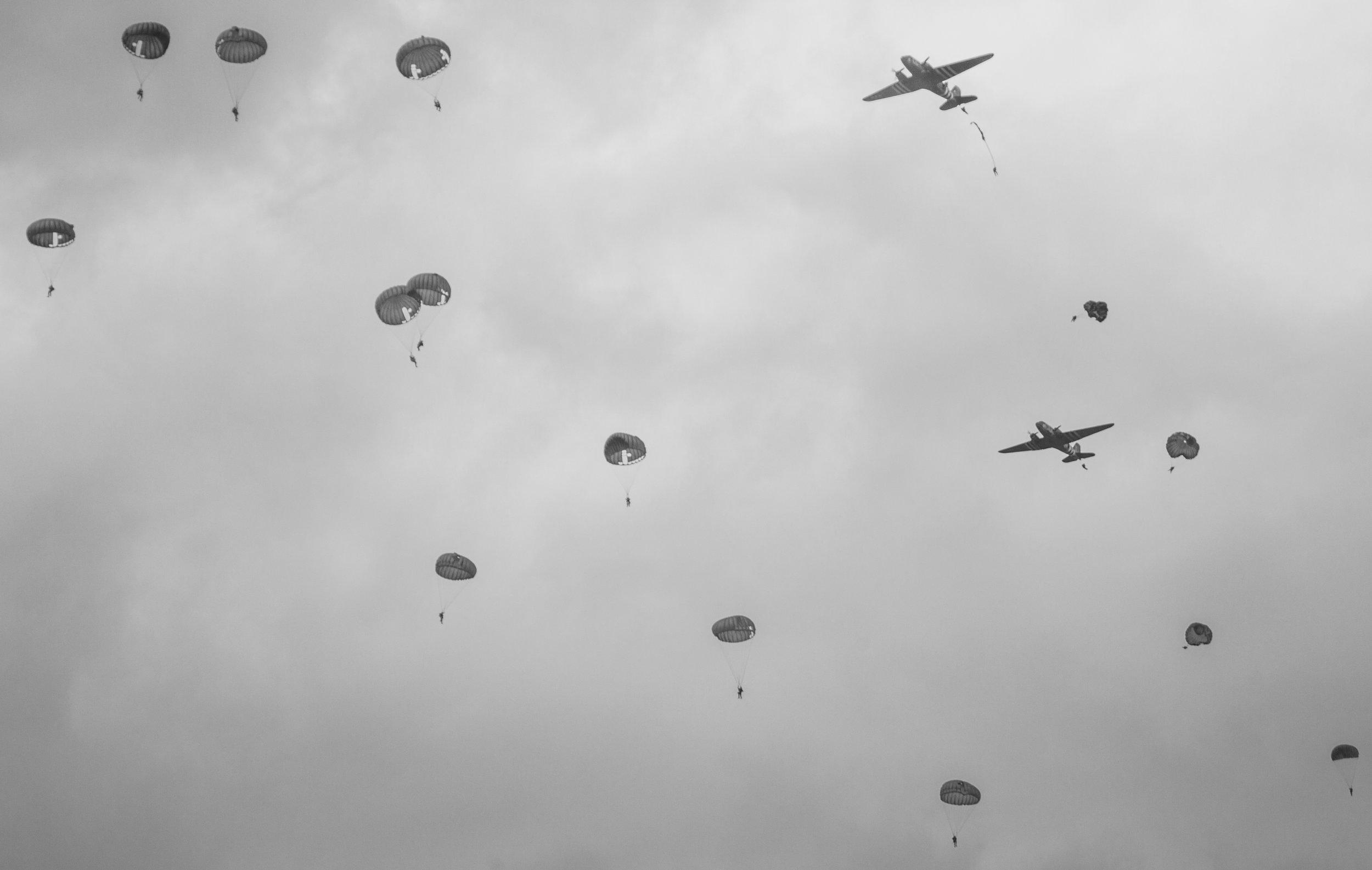 Daks over Normandy Para Drop Sannerville (Drop Zone K) 5th June 2019. Photo: Debbie Riley