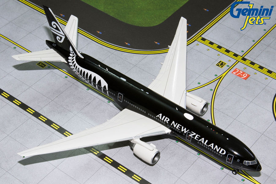 - 1/400 Air New Zealand 777-200ER New LiveryZK-OKH £55.00