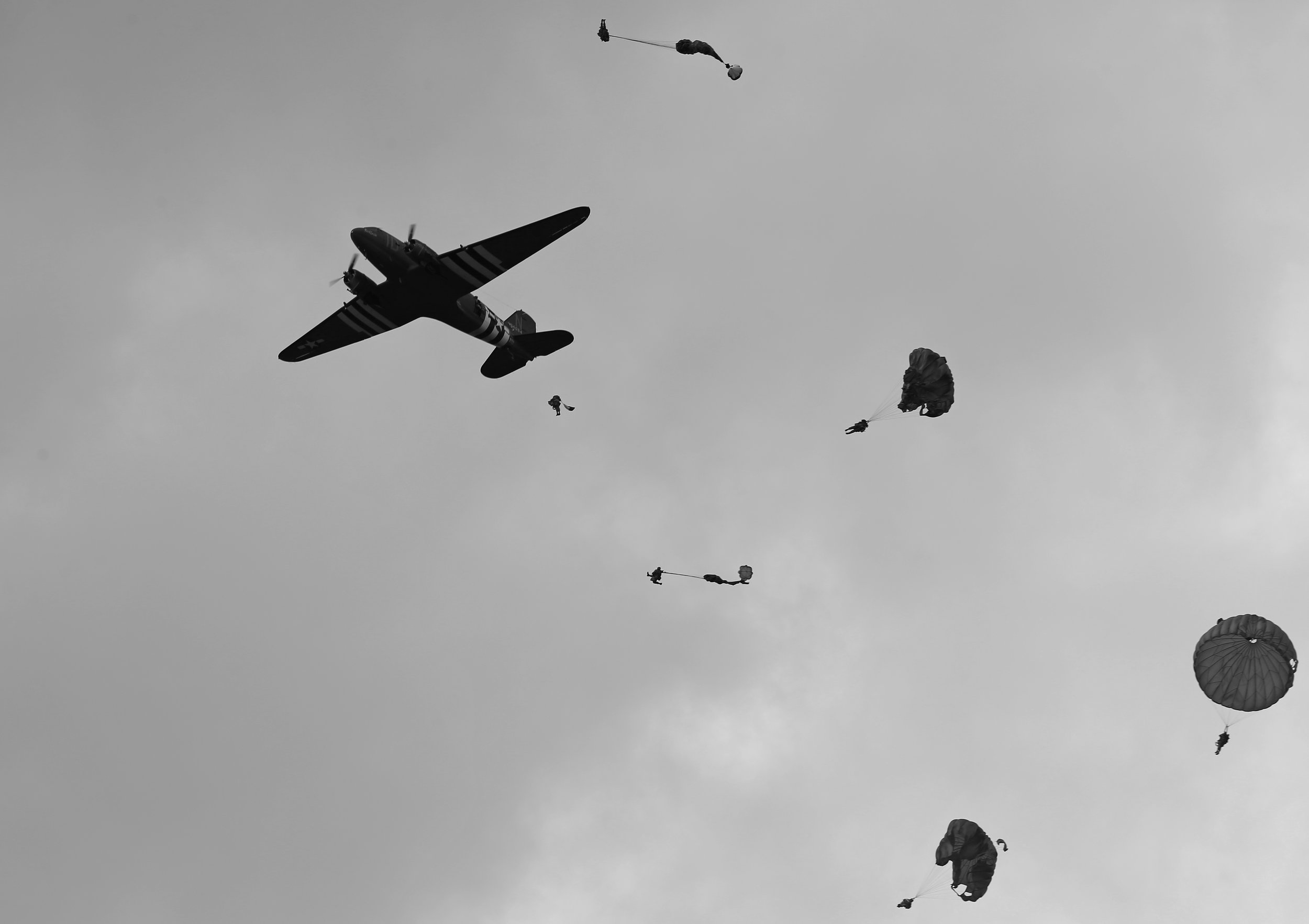 Jumping from a Dakota over Sannerville,Normandy. 5th June 2019. Photo: Peter Hampson.