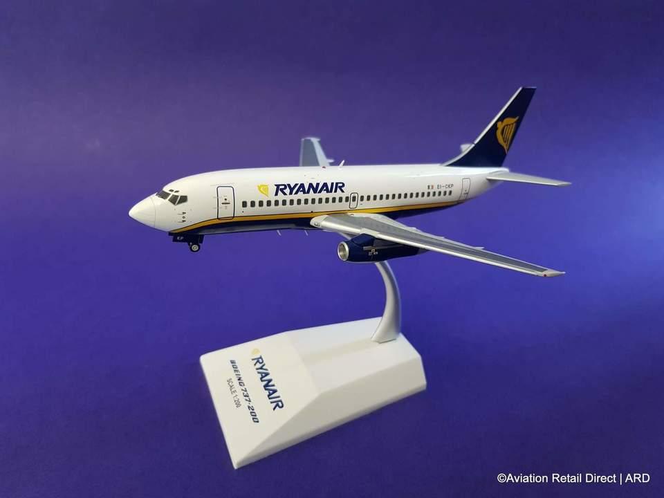 - 1/200 Ryanair 737-200 EI-CKP £65.00