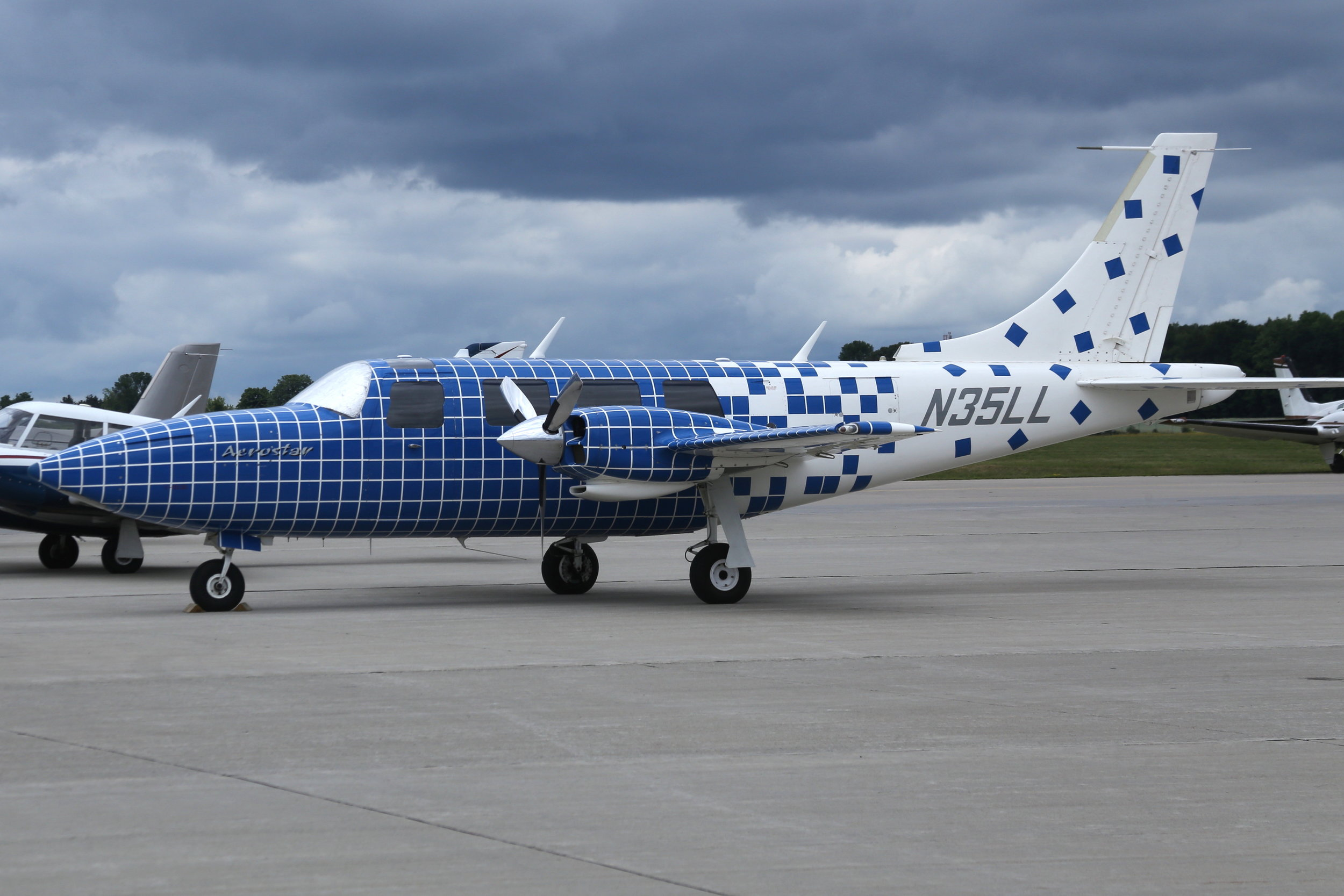 N35LL Mini Computer Consultancy Aerostar 601P taken at Appleton 26th July 2018 by John Wood