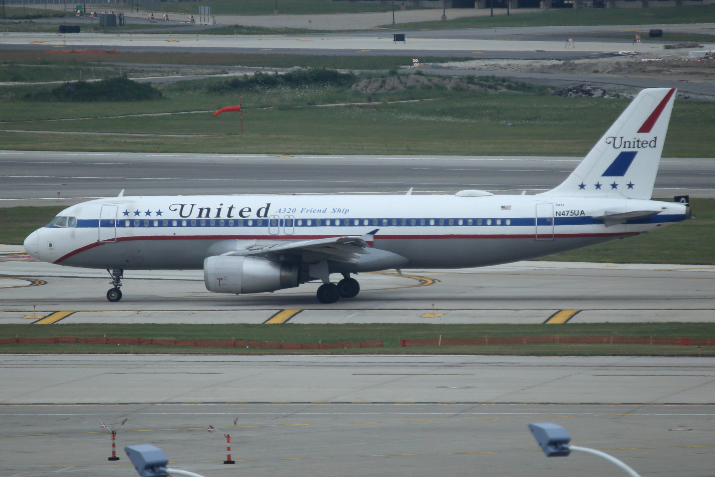 """N475UA United """"Friend Ship"""" Retro A320 taken from the Hilton Hotel at Chicago O'Hare Airport 21st July 2018 by John Wood"""