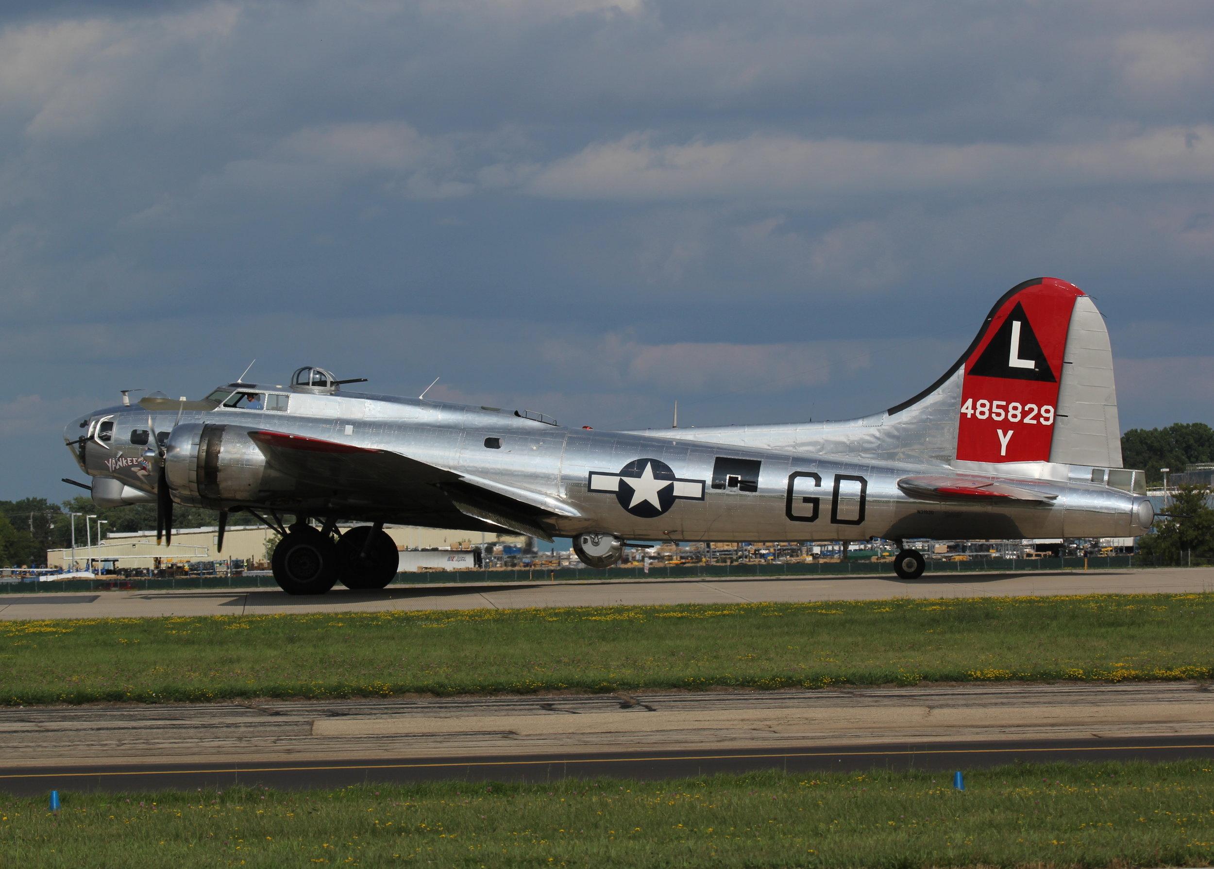 N3193G (485829) B-17G Flying Fortress taxiing at Oshkosh 24th July 2018 by Alec Rankin