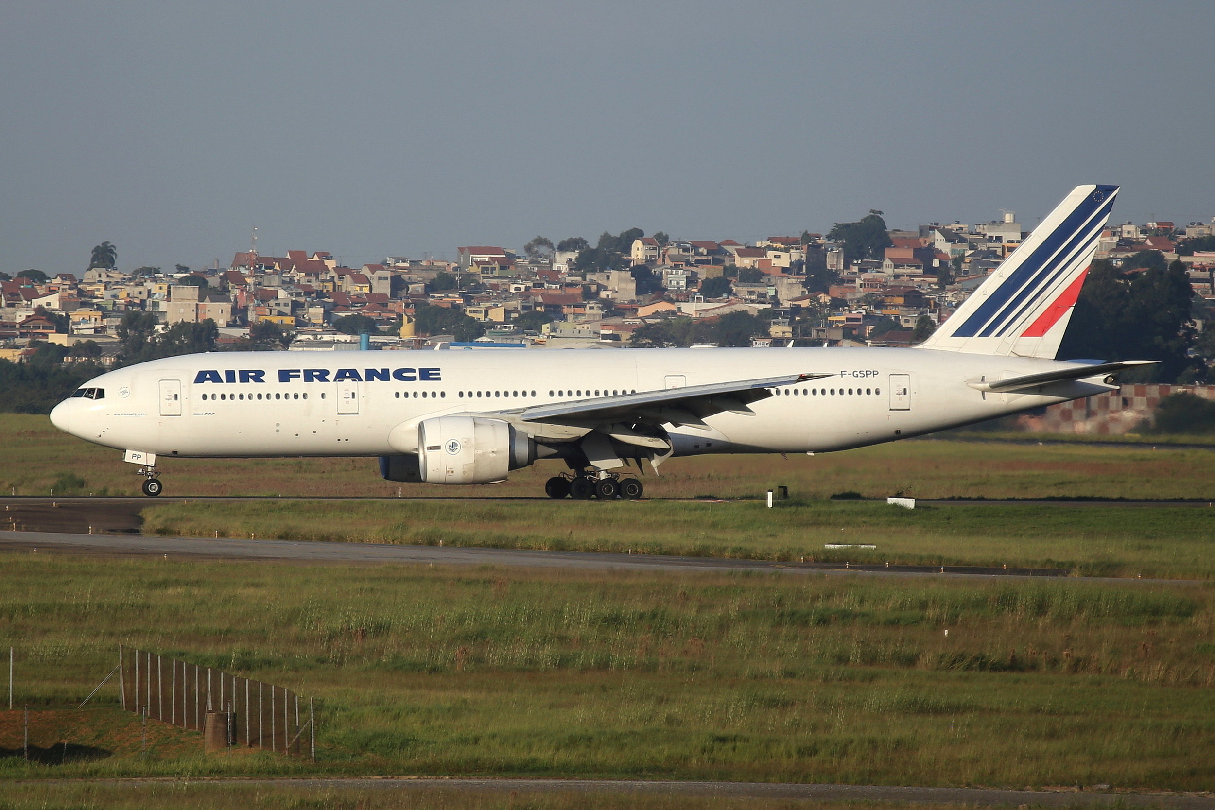 F-GSPP Air France B777-2 taken from the roof of the Matiz Hotel at Sao Paulo Guarulhos Airport 27th April 2019 by John Wood