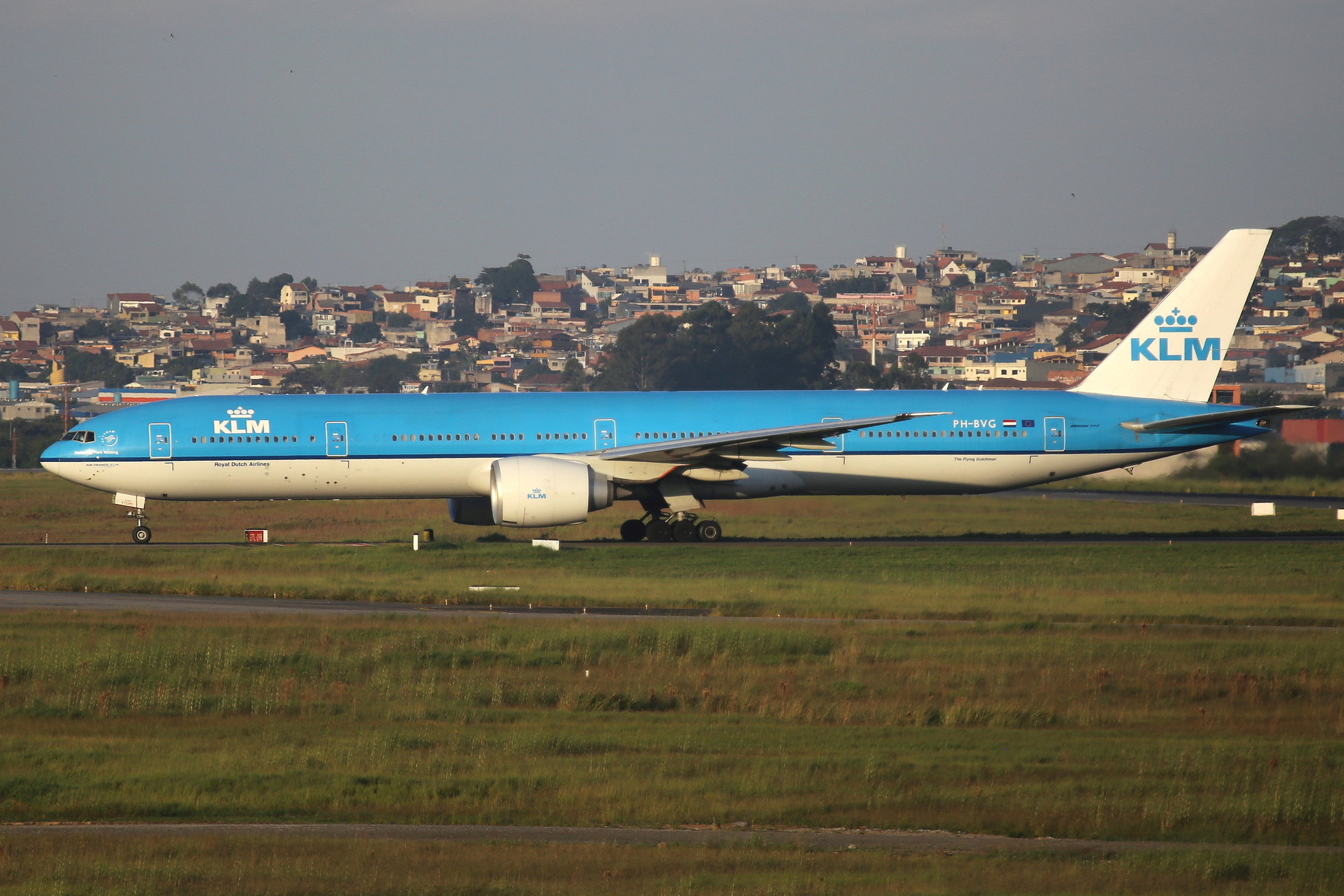 PH-BVG KLM B777-3 taken from the roof of the Matiz Hotel at Sao Paulo Guarulhos Airport 27th April 2019 by John Wood