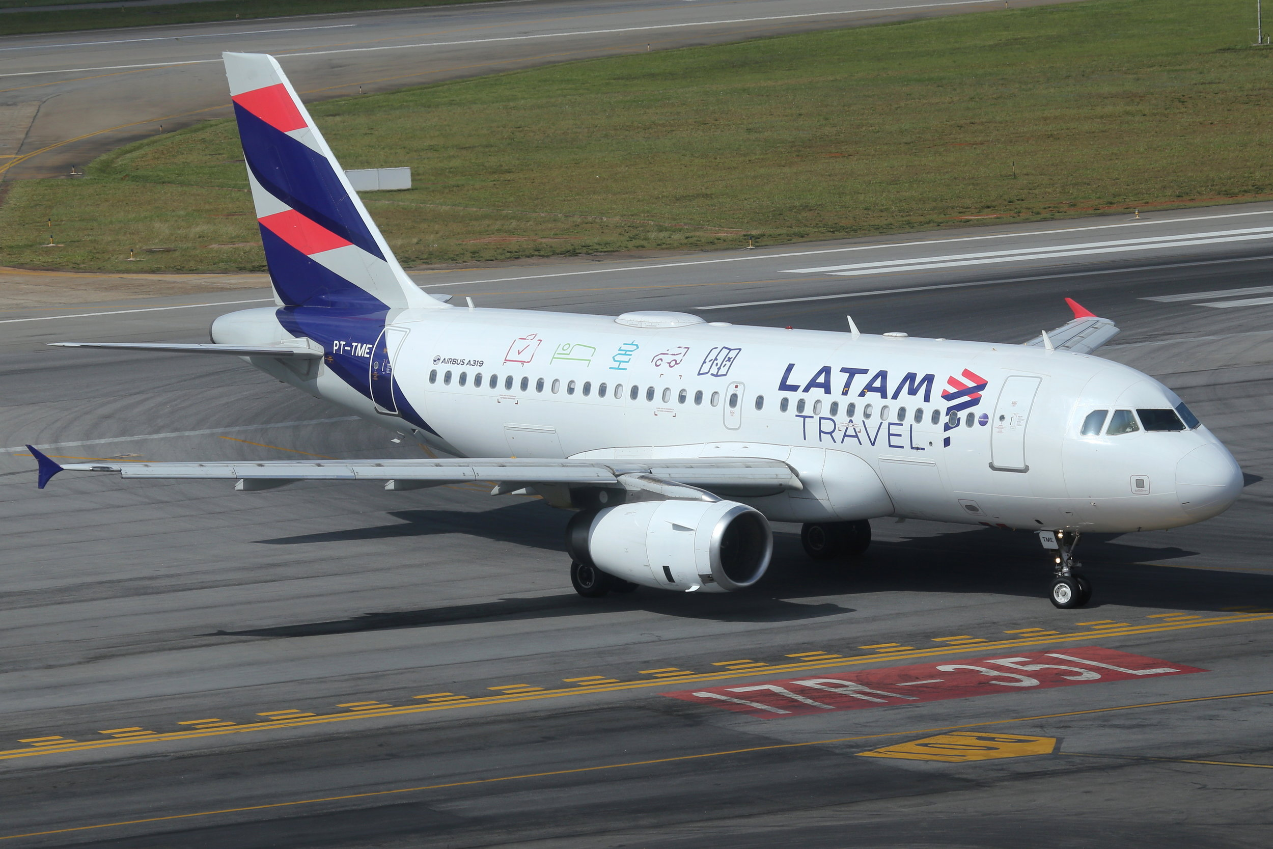 PT-TME LATAM A319 (Travel) taken from the Slaveiro Slim hotel at Sao Paulo Congonhas Airport 28th April 2019 by John Wood