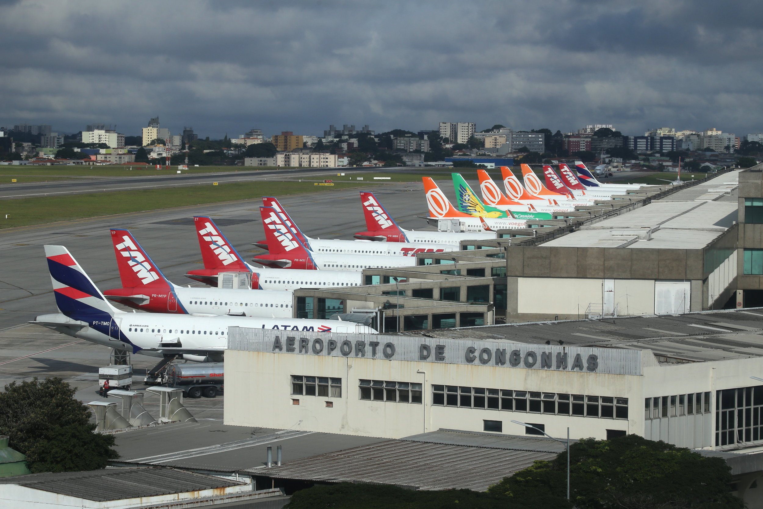 Packed terminal taken from the Slaveiro Slim hotel at Sao Paulo Congonhas Airport 29th April 2019 by John Wood