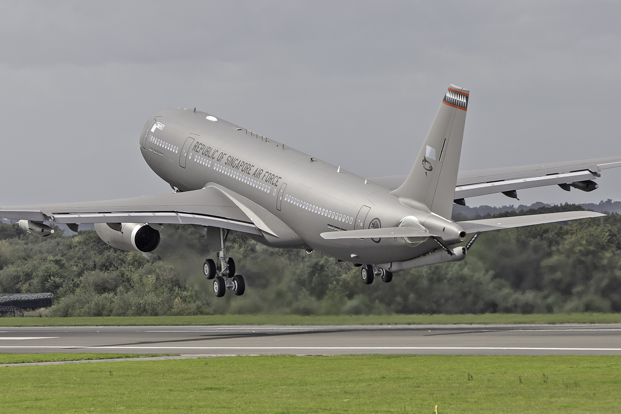 "A highly symbolic image from Paul Bailey as the last Singapore Air Force Airbus A330 MRTT ""038"" departs Manchester on Friday 6th September which is also believed to be the very last movement for the Air Livery paint shop at Manchester."
