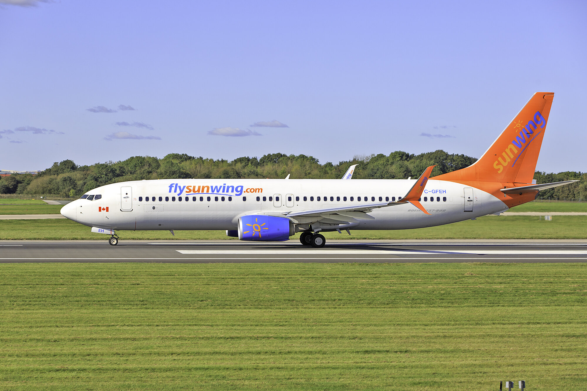 Sunwing B737-800 C-GFEH departing MAN on 2nd October. Photo: Paul Bailey