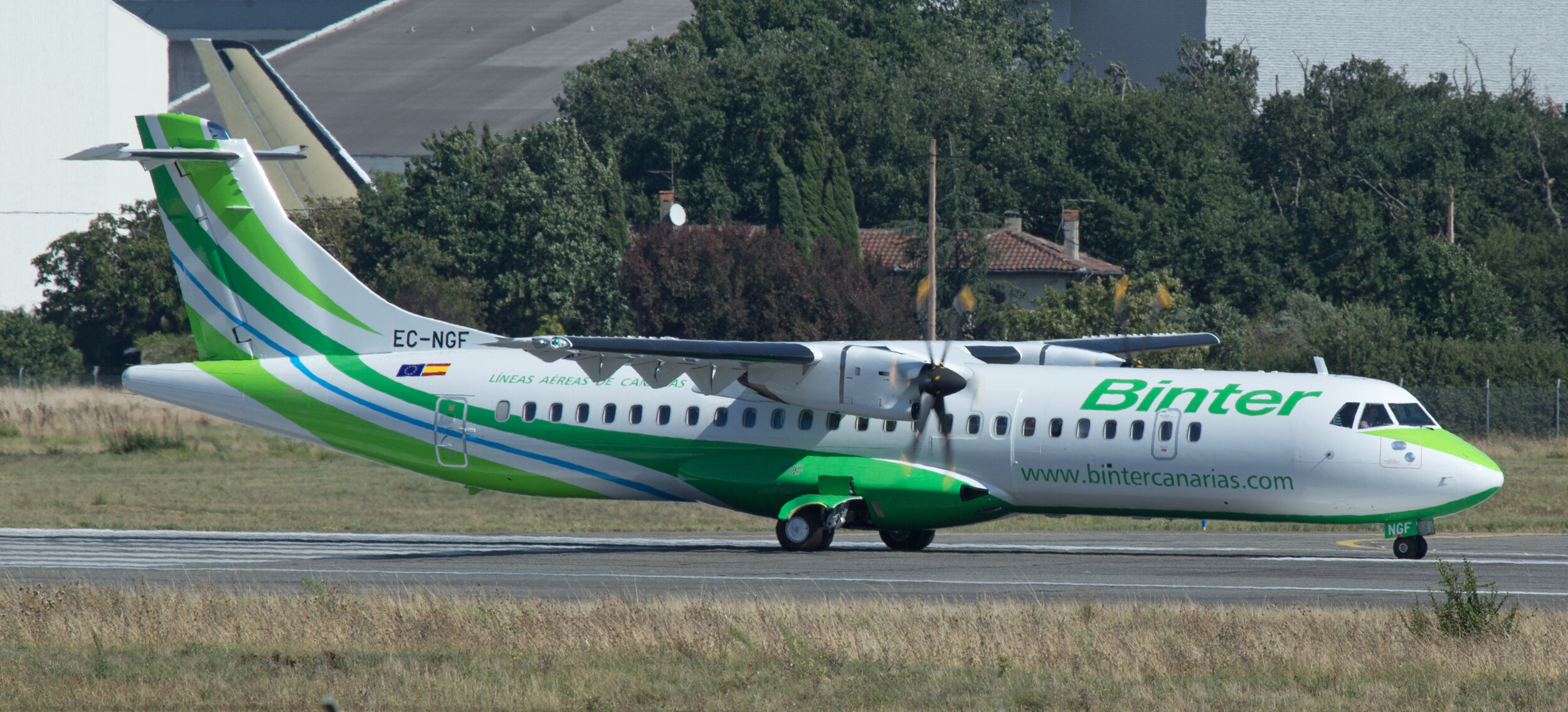 Binter ATR 72 EC-NGF undertaking pre departure checks at Toulouse 20th September 2019.Photo: Peter Hampson