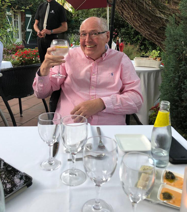 Aaah Bonjour!..TAS Chairman Peter Hampson is pictured partaking in a swift G&T before tucking into a pair of…. snails!!