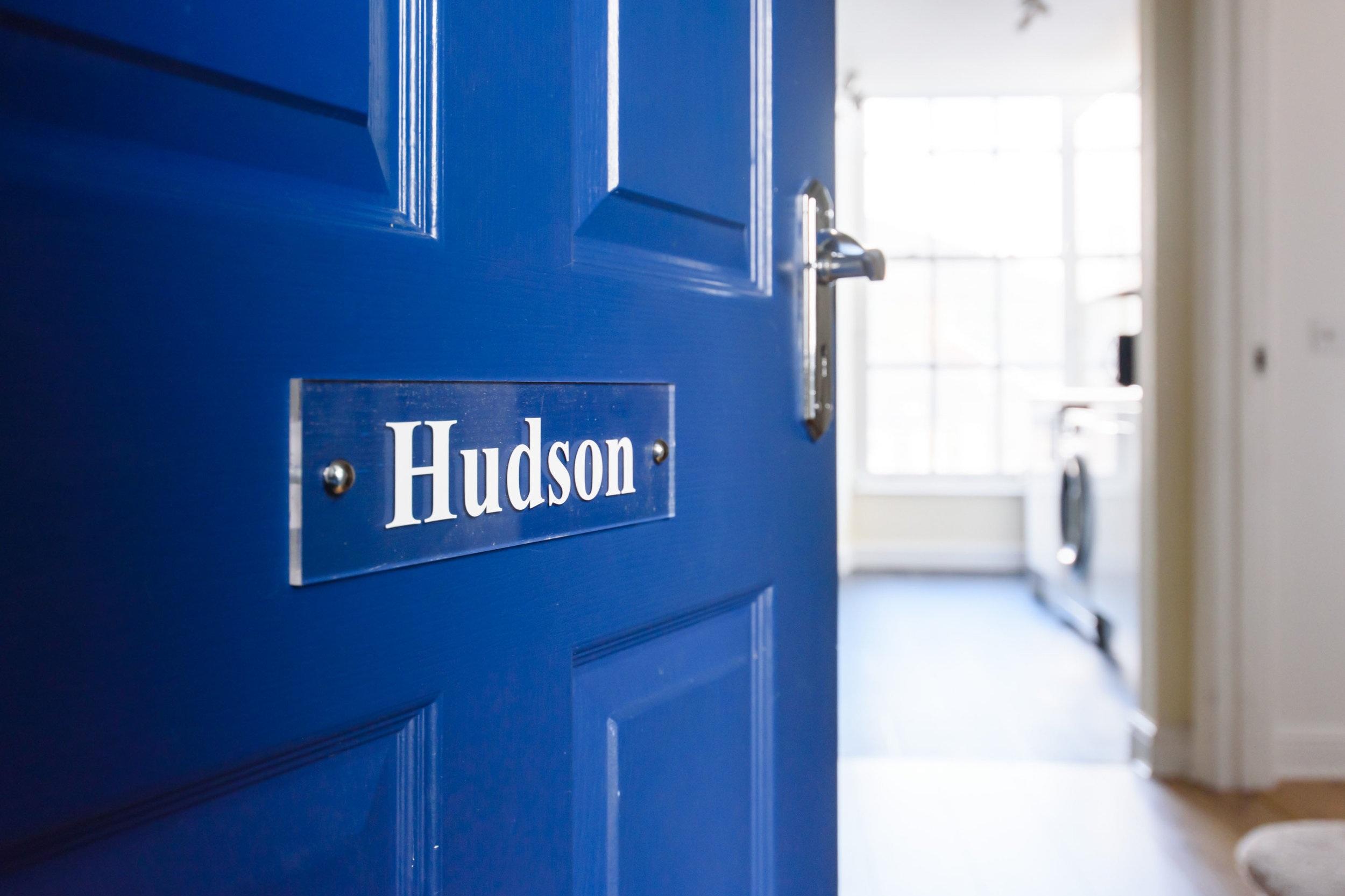 Hudson Front Door - Cosy Dragons