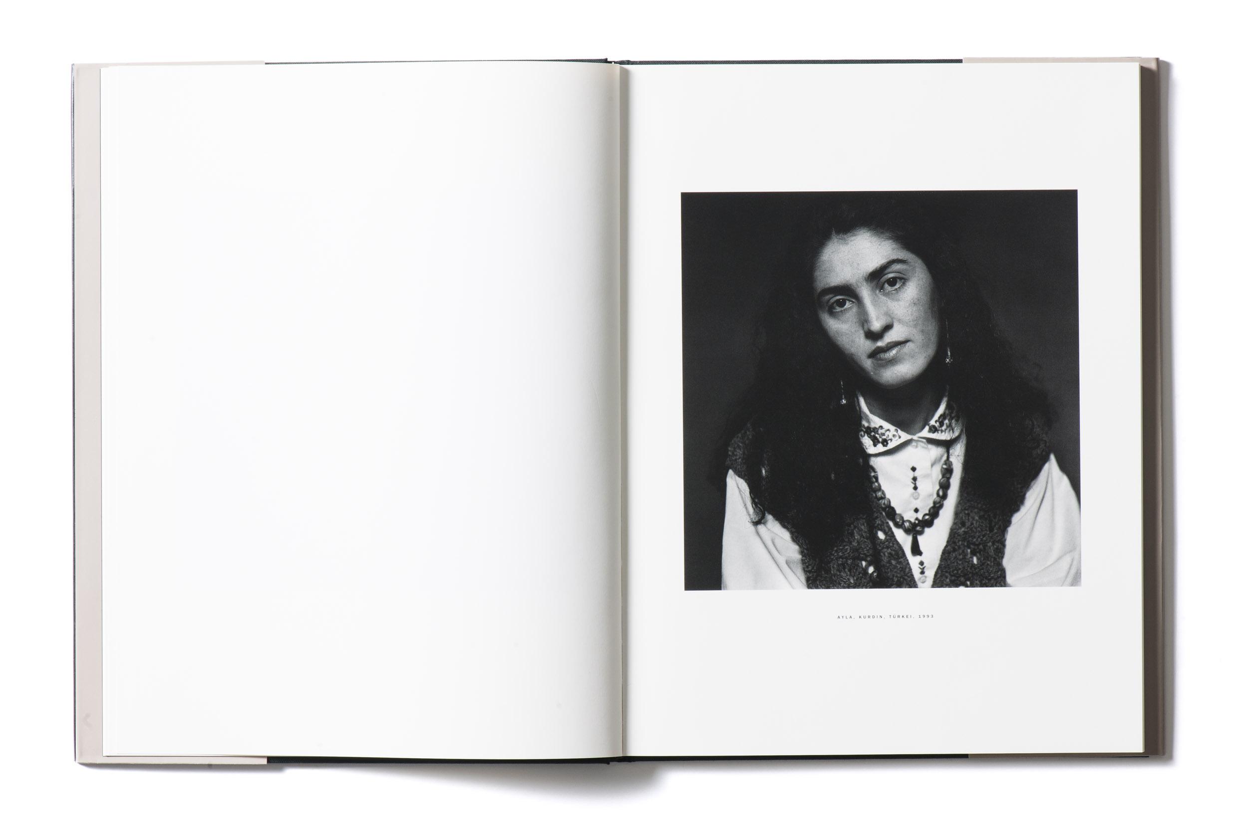 Kunstband Fotografien Peter Hebeisen Titel Feindbilder #2