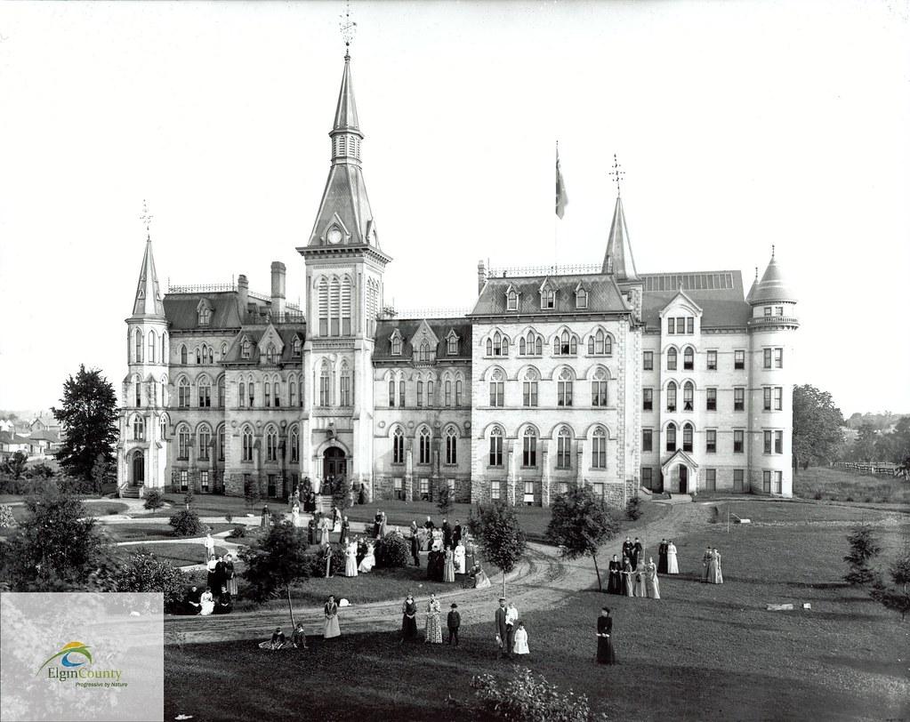 Alma College (Elgin County Archives photo)