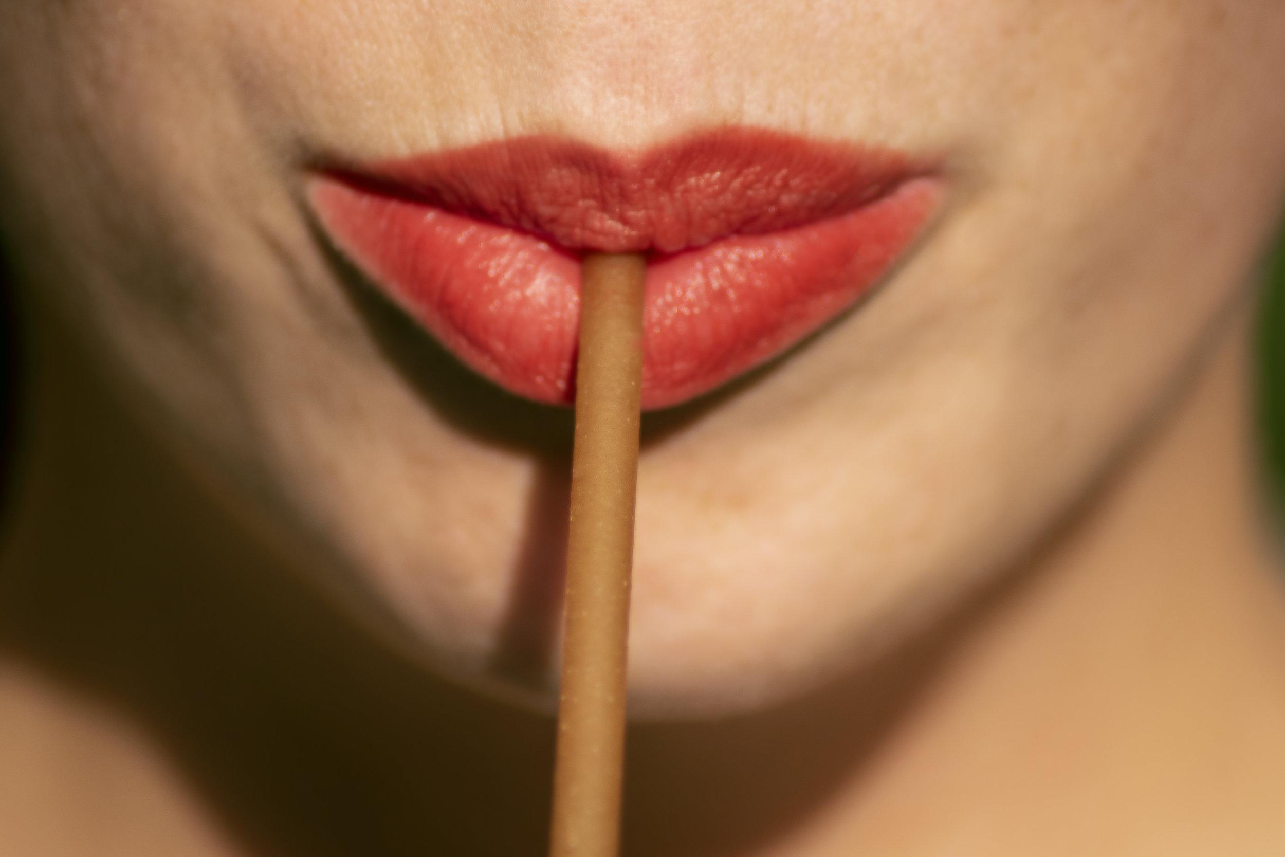 Lippenbild-Superhalm-z.jpg