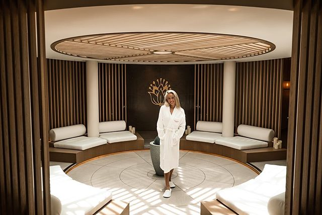 Relax in the aesthetically pleasing @cinqmondes spa @montecarlobay.