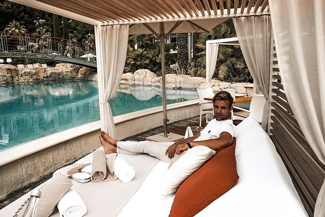 Sun beds and cocktails at the @montecarlobay @montecarlosbm