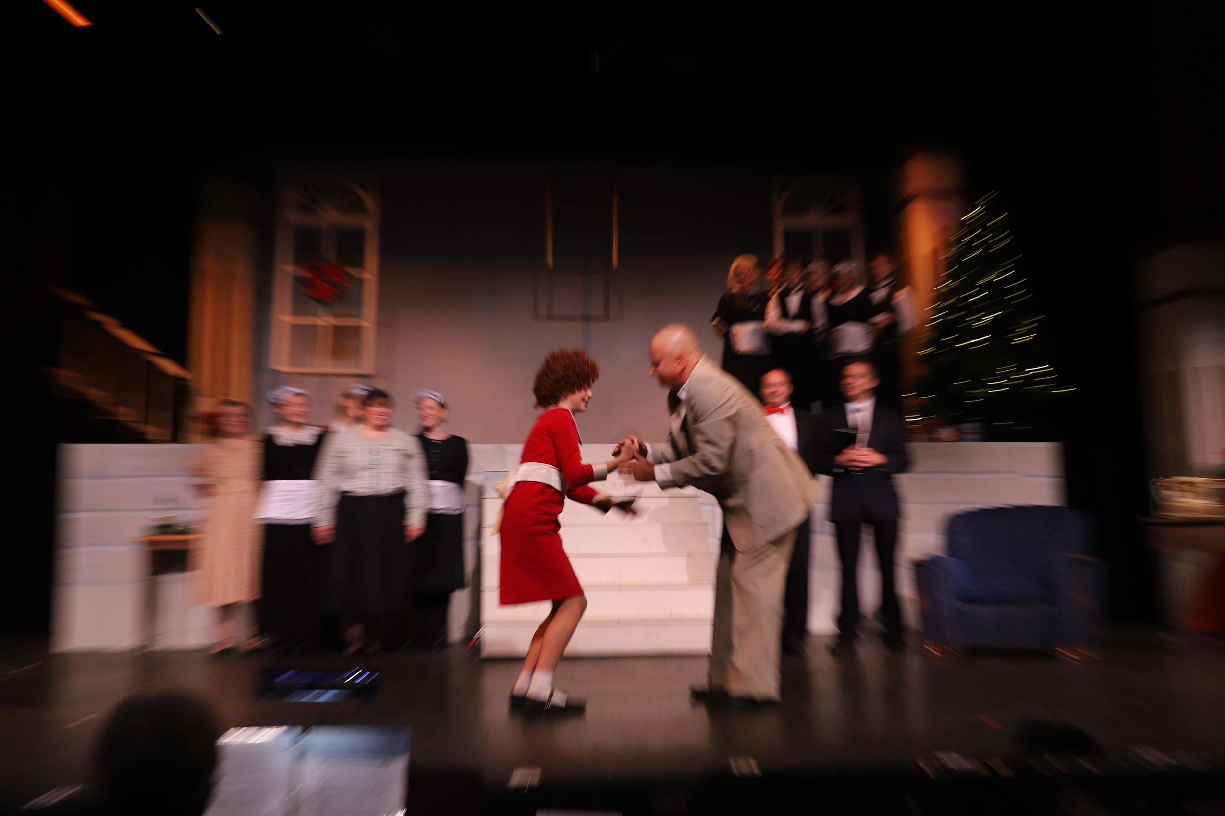 Megan Gerbi as Annie with Robert Smith as Daddy Warbucks