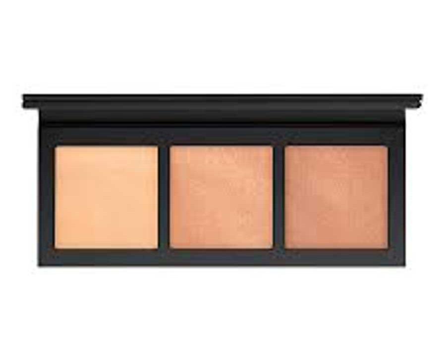 Mac's Hyper Real Glow Palette - Best Makeup Highlighters