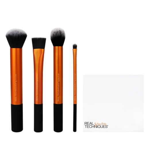 Real Techniques Flawless Base - Best Makeup Brushes And Sets