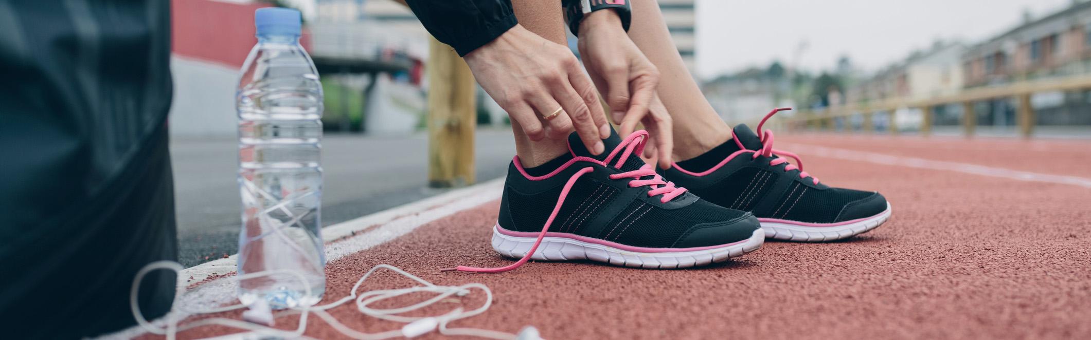 buying-running-shoes-main.jpg