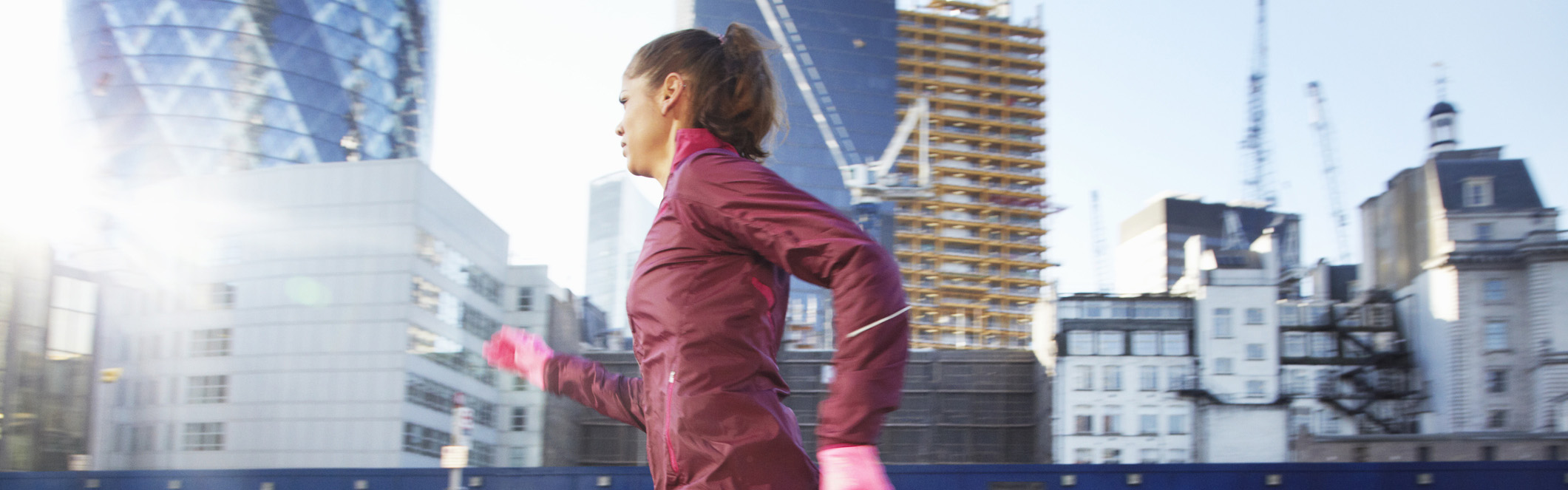 ladies-running-jacket.jpg-main.jpg