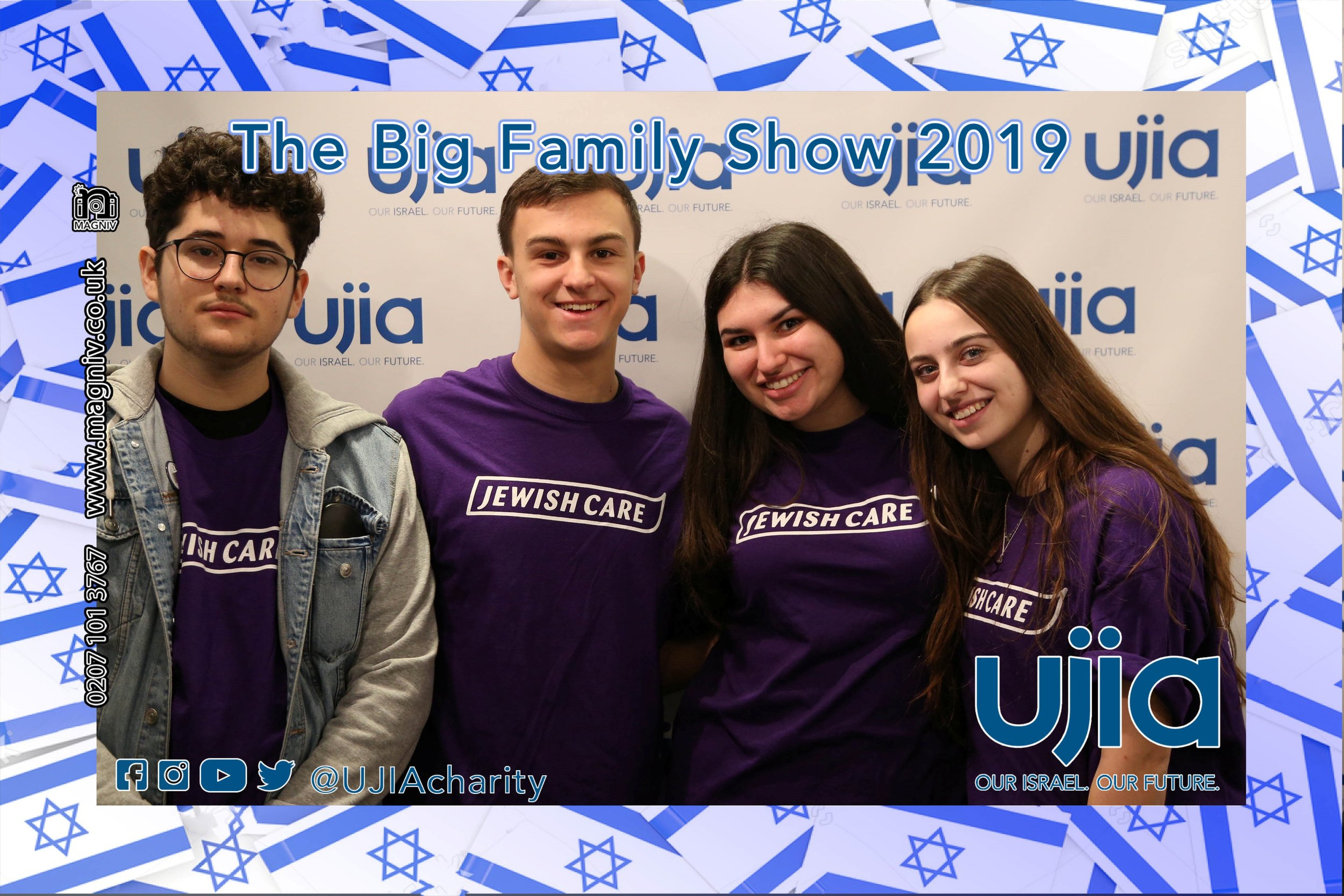 The guys from over on the Jewish Care stand popped round for a quick photo-magnet!