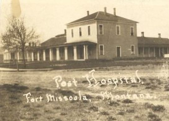 https___www.aneddoticamagazine.com_wp-content_uploads_Fort_Missoula_Post_Hospital-300x215.jpg