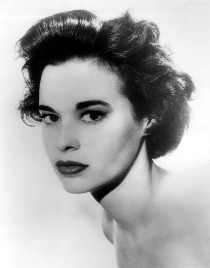 Photo of Gloria Vanderbilt from a 1959 acting role on  The United States Steel Hour