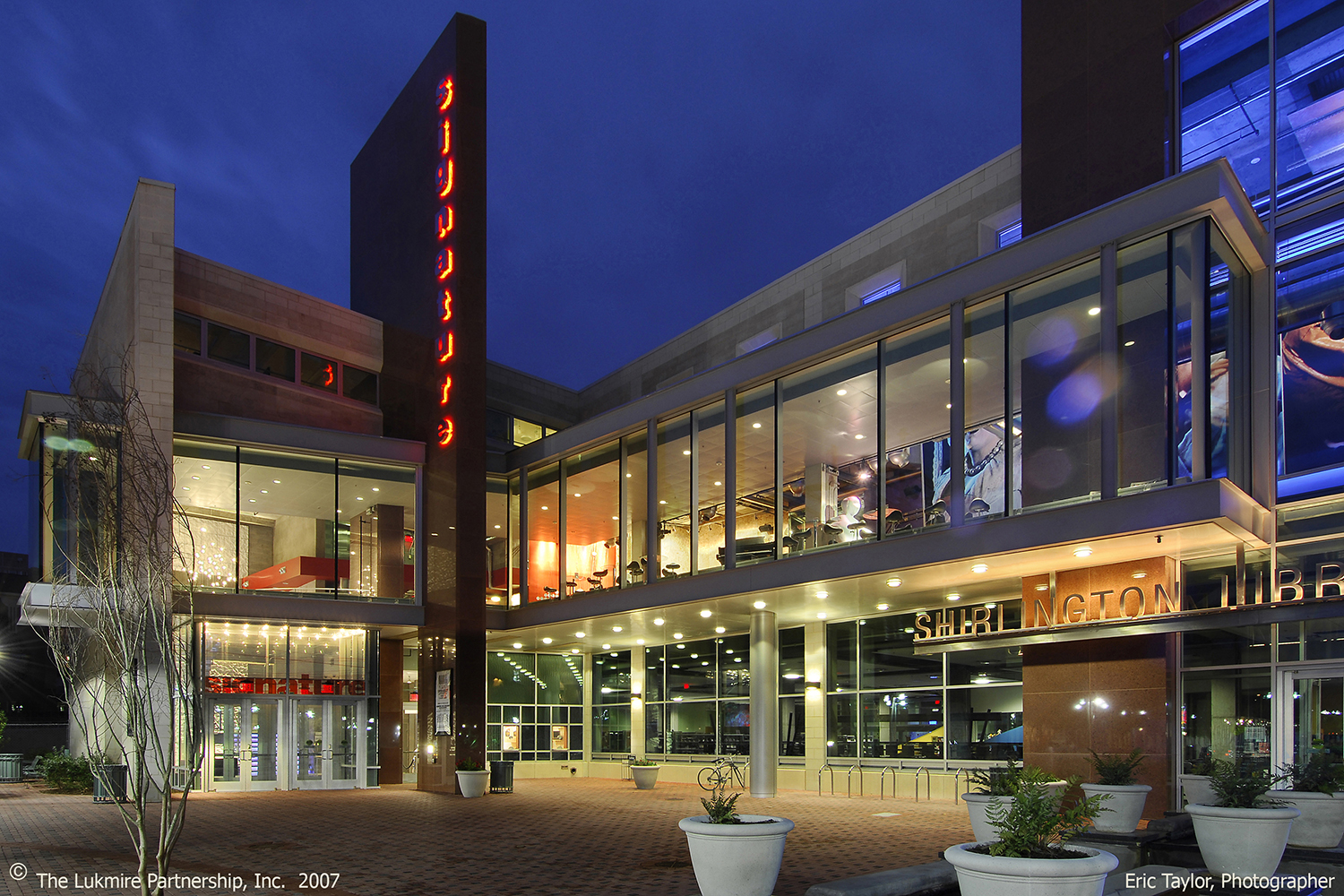 Shirlington Library / SIgnature Theatre   Photo by Eric Taylor