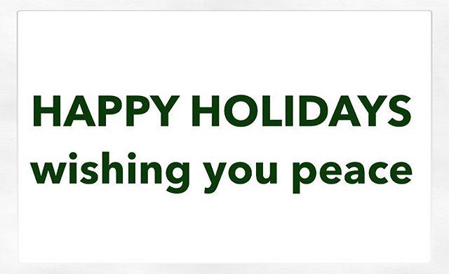 happy holidays! 💚  #peacelovejoy