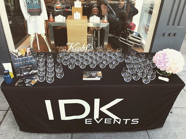 Summer Sippin'! We are here Fillmore and we are ready for you 🙃 Make your way to our registration table located at @kiehls to check in or purchase your tickets 😃 #winetasting #winestagram #sanfrancisco