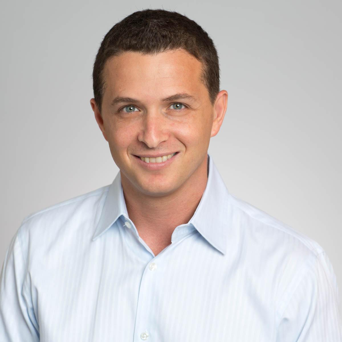 Eyal Lifshitz   CEO & Founder  BlueVine