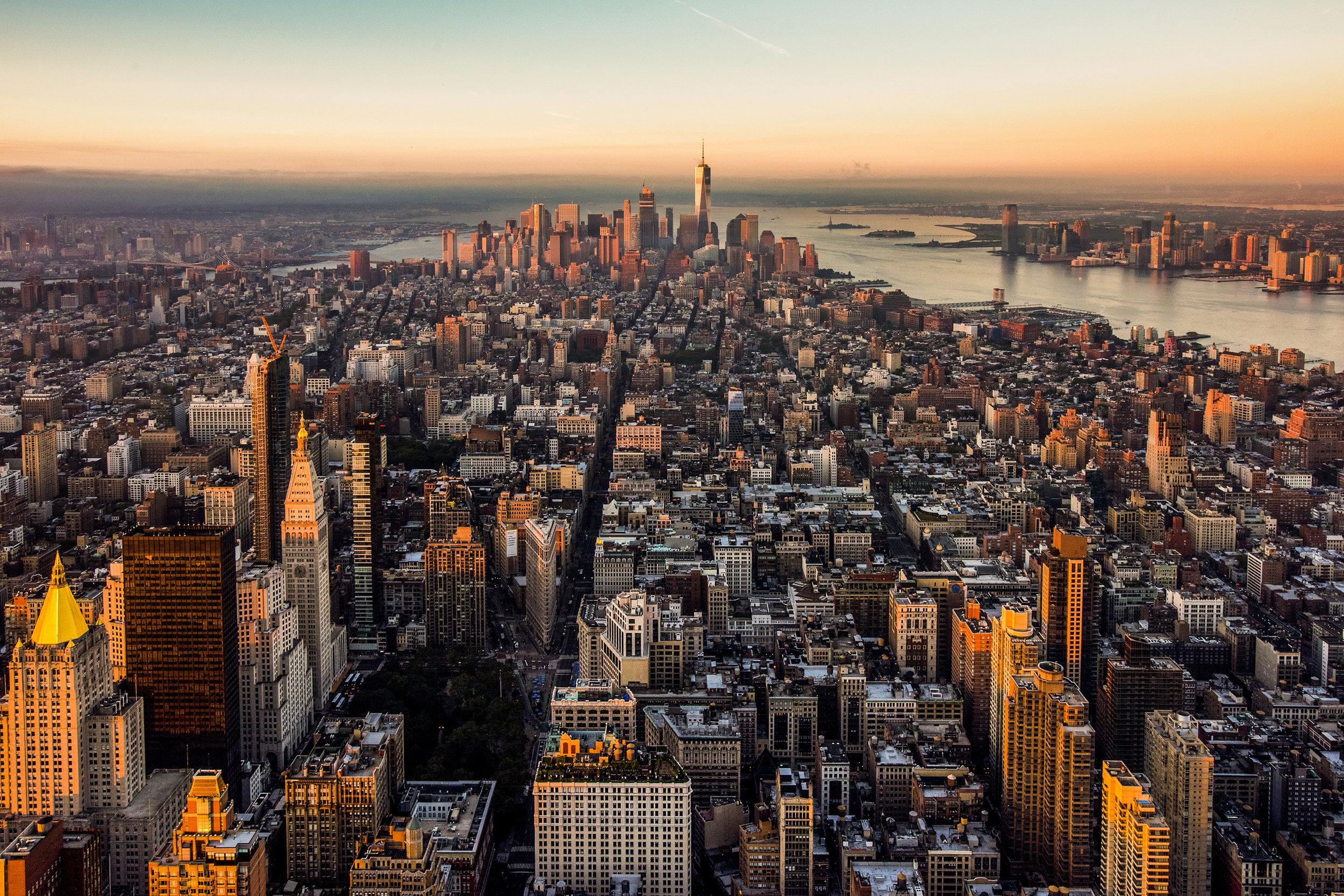 _EmpireStateBuilding_JulienneSchaer_Manhattan_NYC_055_2a0b62e3-1f5e-4330-9ac3-8f4c7163d09a.jpg