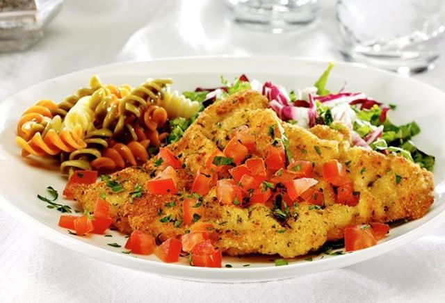 There's nothing like the hubbub of the #holidayseason to make you appreciate a weeknight dinner that's ready in just 25 minutes. Bonus points if that meal is a good source of #protein and iron, like our Easy #Veal Milanese. Serve with the #carb of your choice and a green #salad and you've got a well rounded meal in minutes. #EatBetterEatVeal https://vealmadeeasy.com/recipes/easy-veal-milanese/#weeknightrecipe #easyrecipe #milanese #vealdinnerideas #quickdinnerideas #recipe #instafood