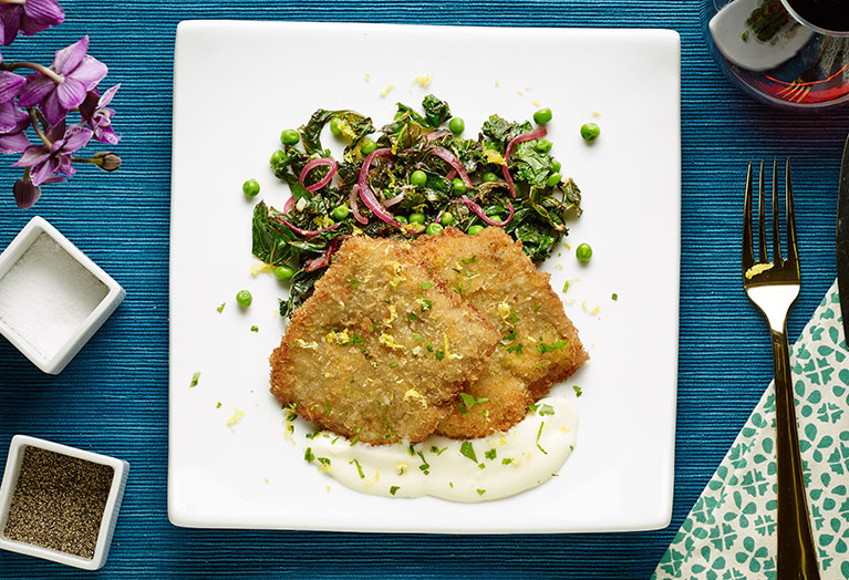 veal_medallions_over_pea_salad_with_lemon_sauce.jpg