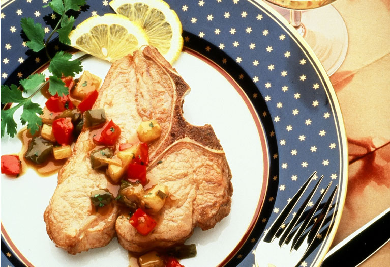 veal_chops_with_pepper_pear_relish.jpg