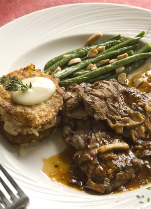 veal_steaks_with_wild_mushroom_demi_glace_potato_brie_napolean_and_haricot_vert_amandine.jpg