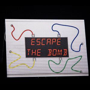 Escape_the_bomb.jpg