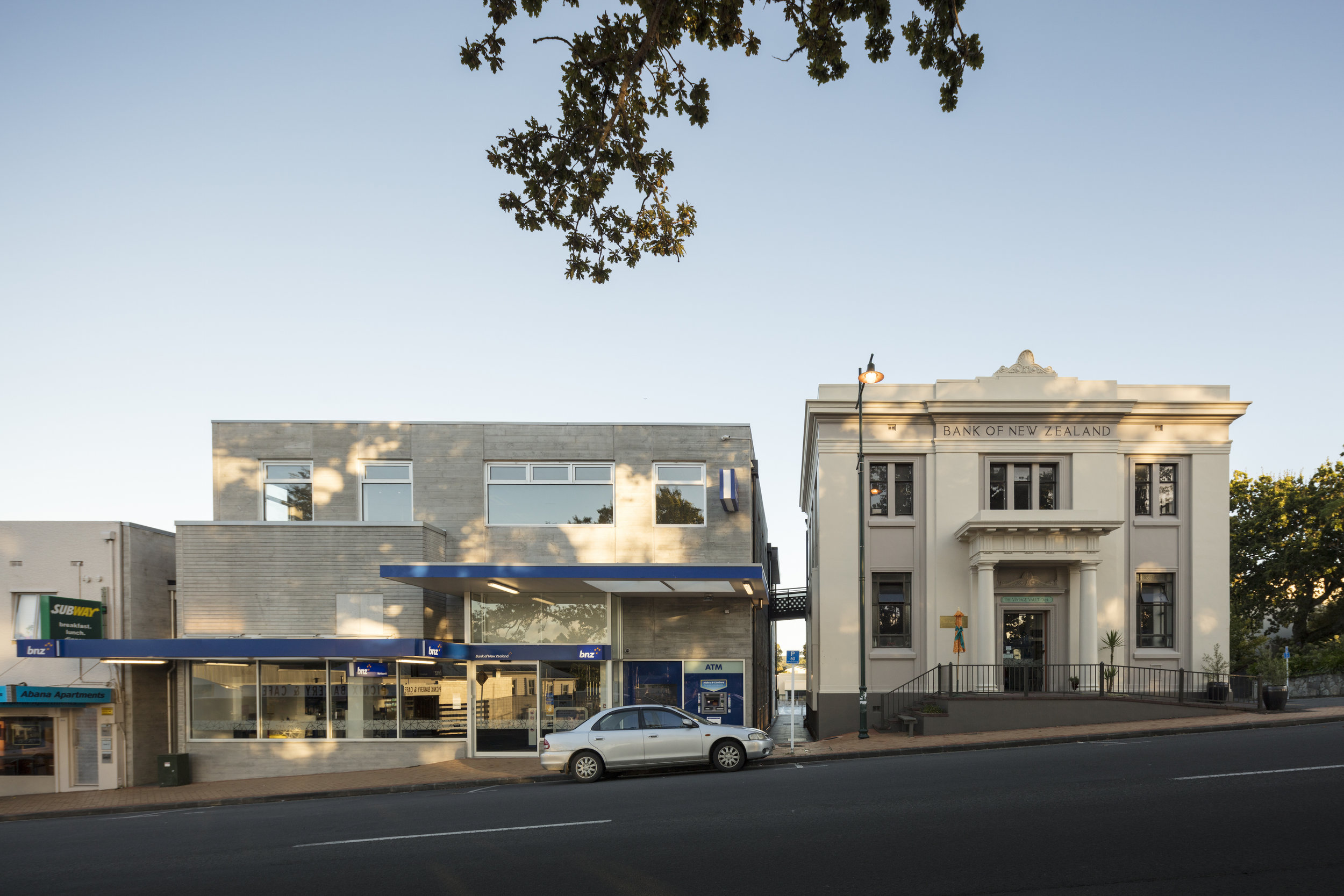 W arkworth Bank Corner