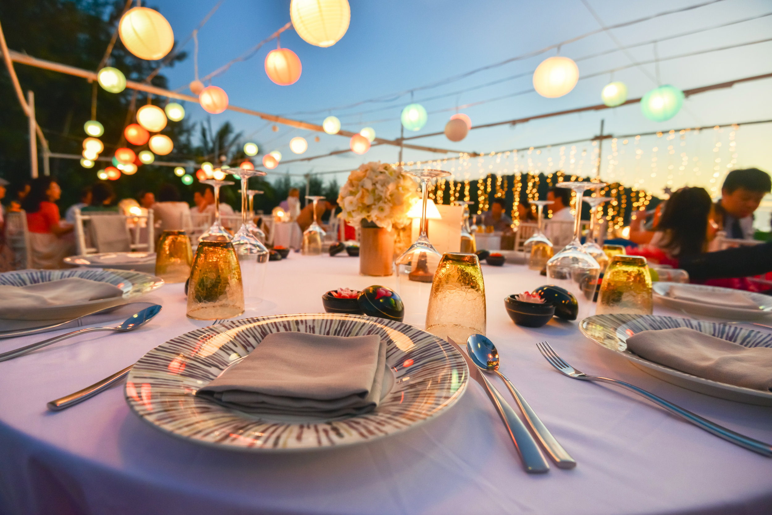 RENTALS & DESIGN - The hardest part about planning an event is knowing how much of everything you need. Our software automatically suggests quantities for everything based on the events guest count & duration. You'll never have to worry about how many forks to get again.