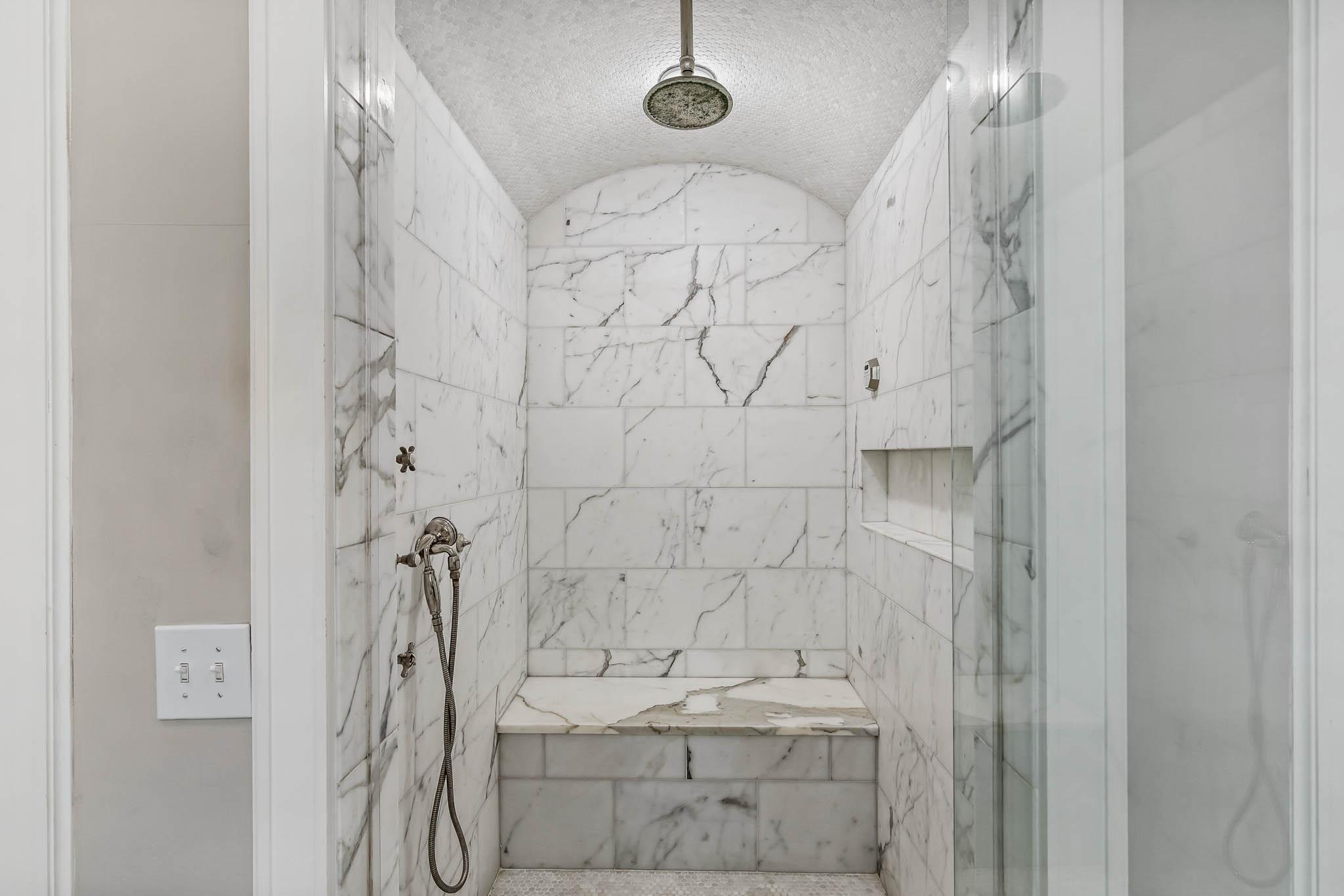 real_estate_photographer_bathroom_photography-2.jpg