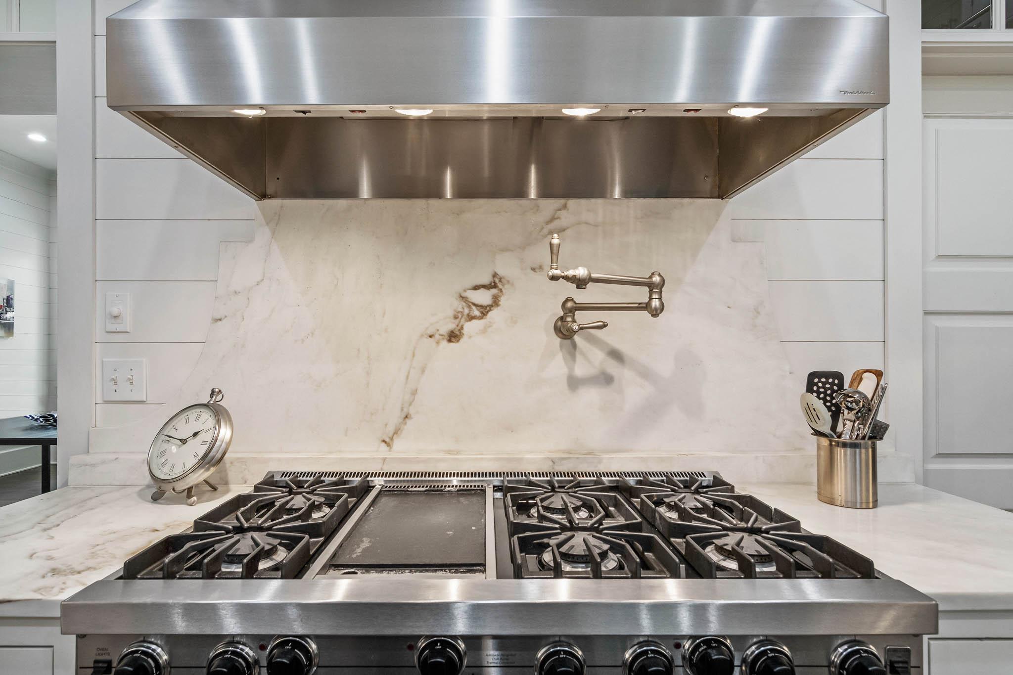 real_estate_photographer_kitchen_photography-3.jpg