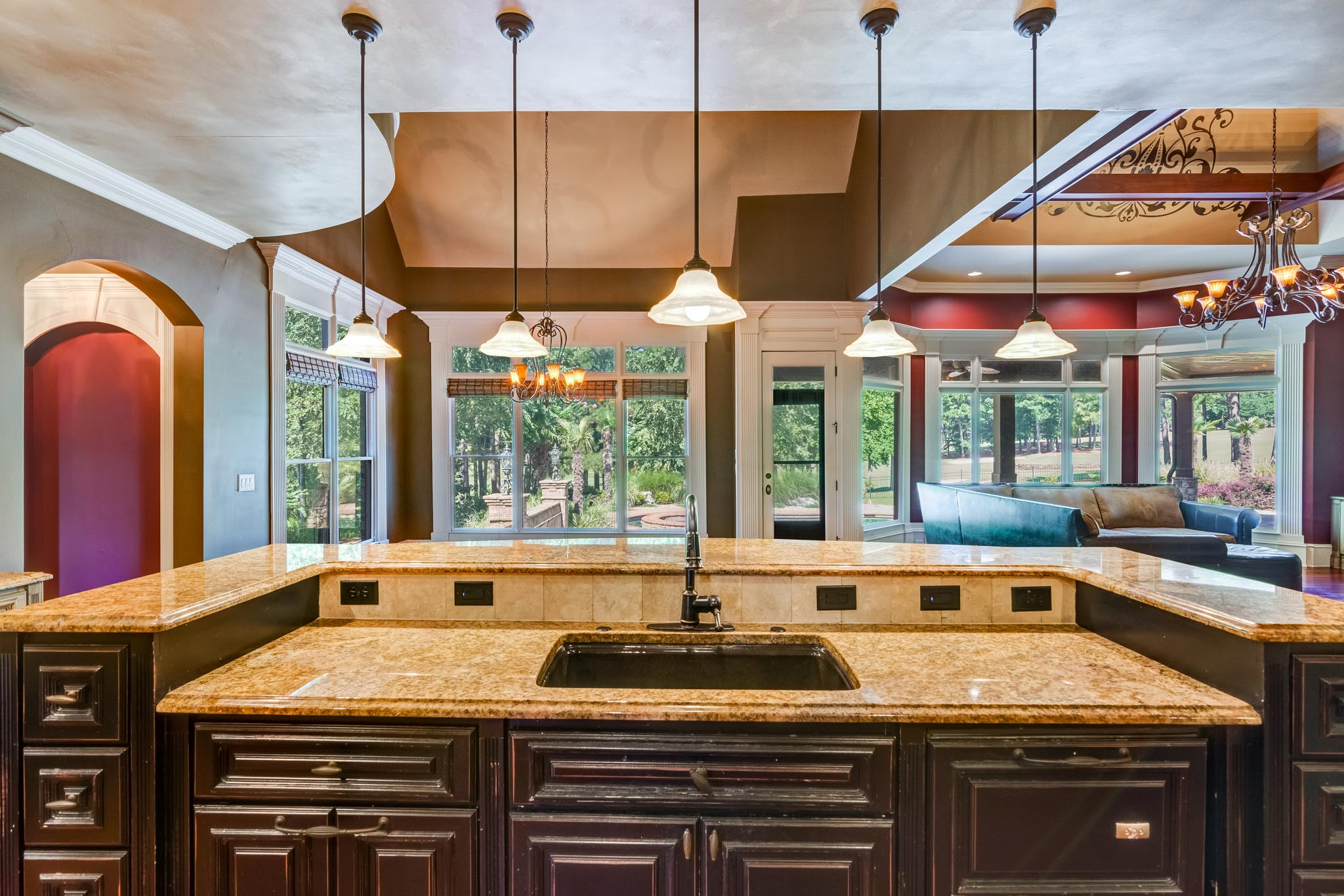 real_estate_photographer_kitchen_photography-4.jpg