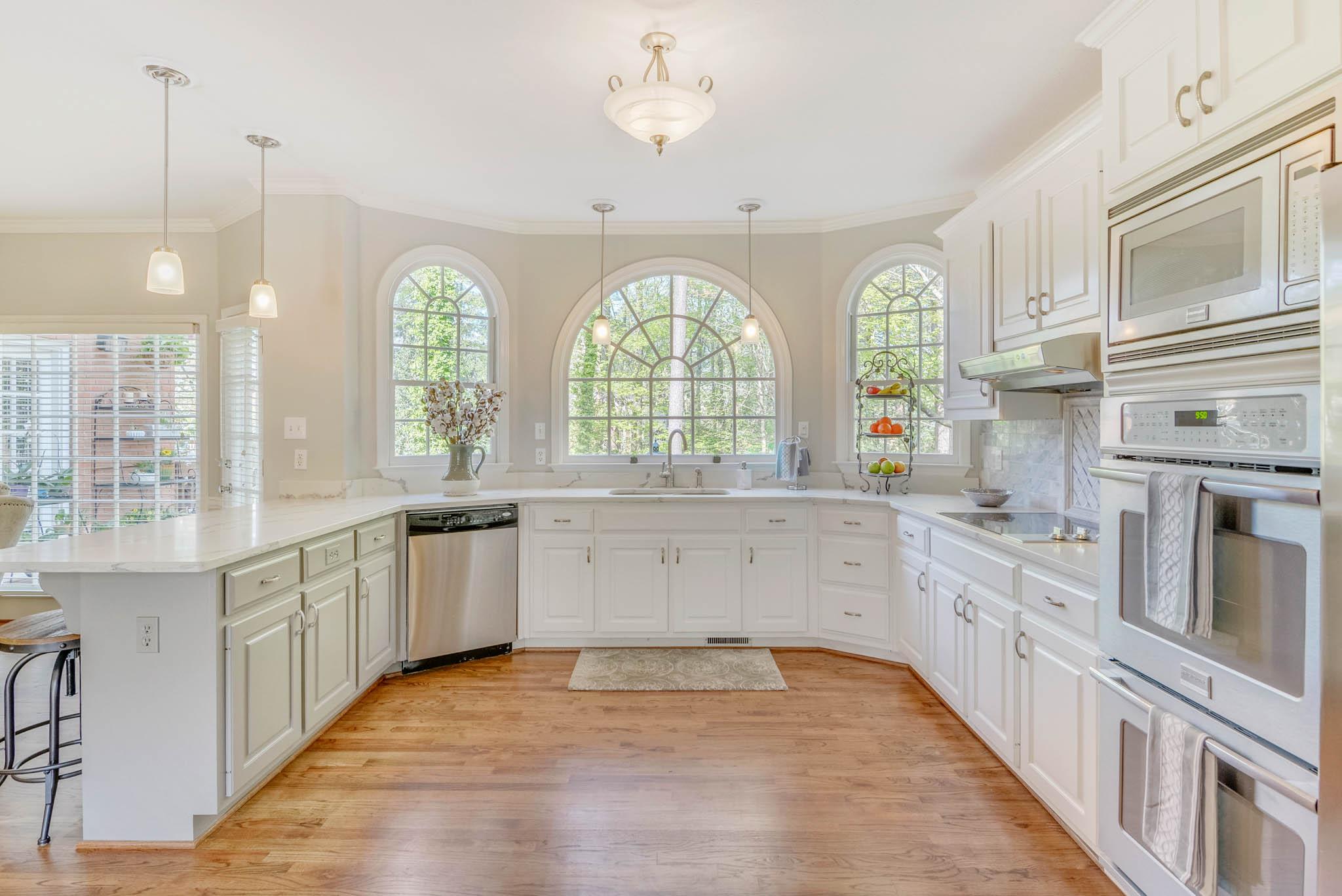 real_estate_photographer_kitchen_photography-5.jpg