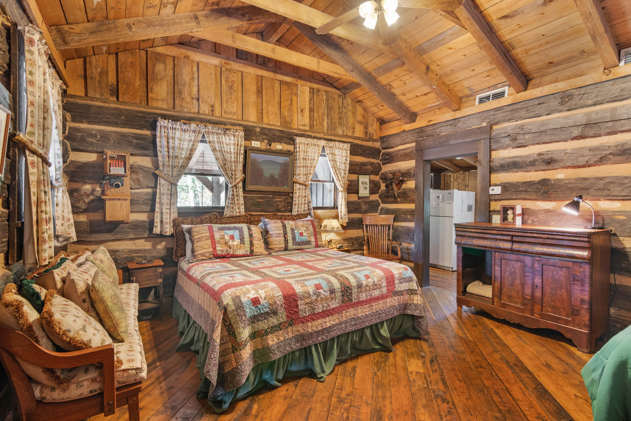 real_estate_photographer_bedroom_photography-6.jpg