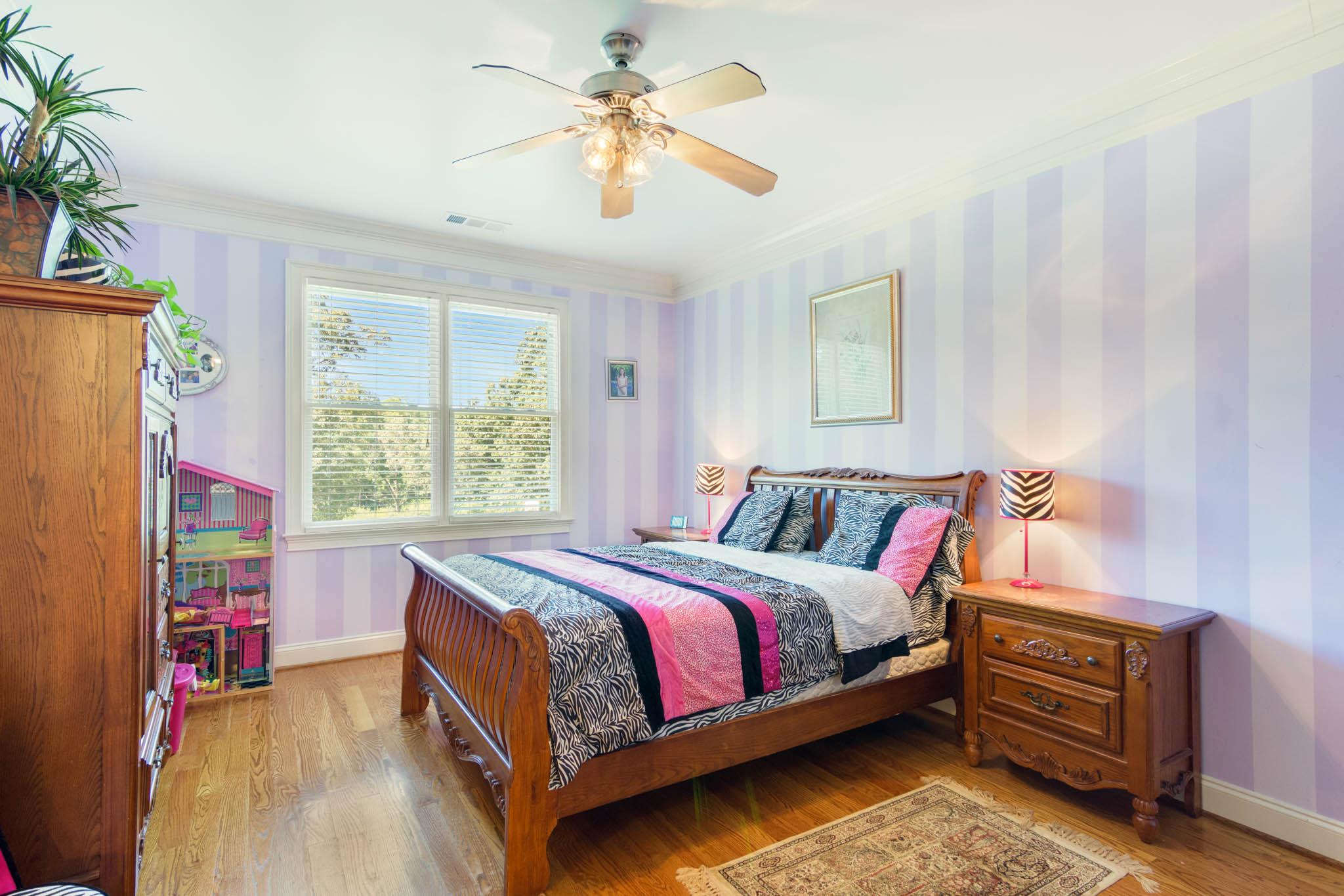 real_estate_photographer_bedroom_photography-8.jpg