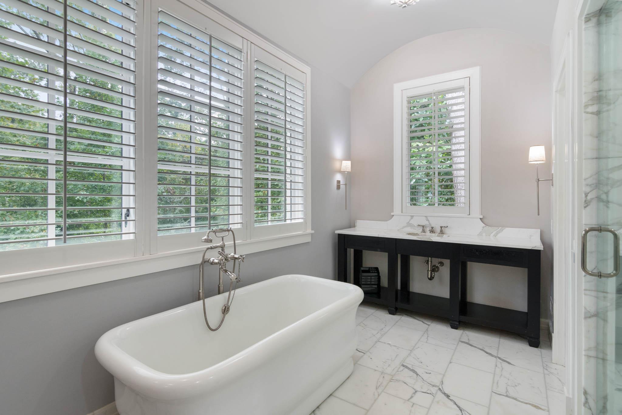 real_estate_photographer_bathroom_photography-10.jpg