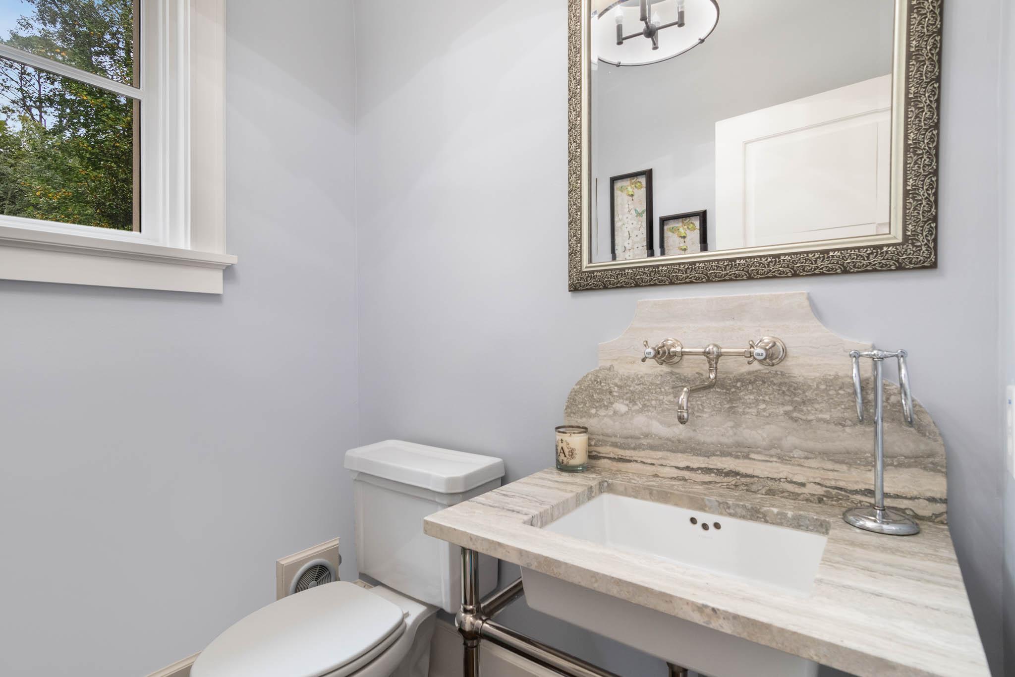 real_estate_photographer_bathroom_photography-14.jpg