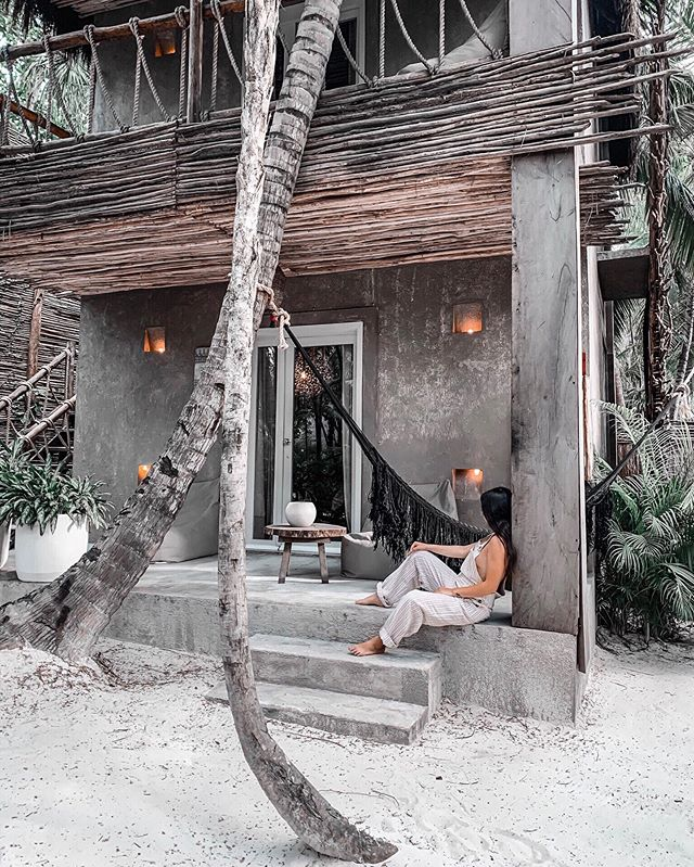This trip was everything I dreamt it would be and more. I am so grateful to have been able to experience this magical place and eat vegan Mexican food 🙊 I'm ready to go home and watch GOT snuggled up with our kitties 😂 . . . . . #tulumhotels #tulum #tulummexico #caribbeaninspo #tulumtulum #nomadetulum #besthotels #views😍 #targetstyle #targetfinds #ootdbabes #discoverunder5k #quintanaroo #beautifuldestinations #dreamvacation #travelblogger #wellnessblogger #travelguide #travelingram #bloggerinspo #junglelife #miamiblogger #floridabloggers